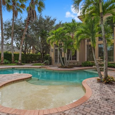6447-highcroft-dr-naples-fl-34119-pool-view