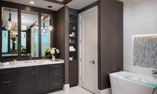 Monterey Master Bathroom 03
